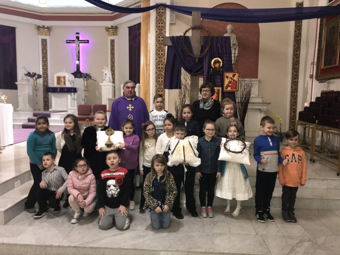 Droga Krzyżowa Dzieci Pierwszokomunijnych
